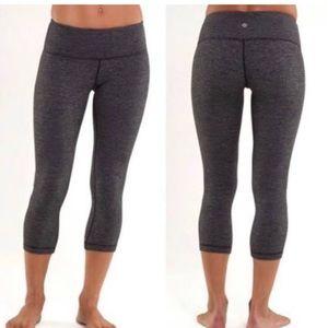 Lululemon cropped grey knit leggings